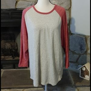 *Old Navy Baseball Tee XL*